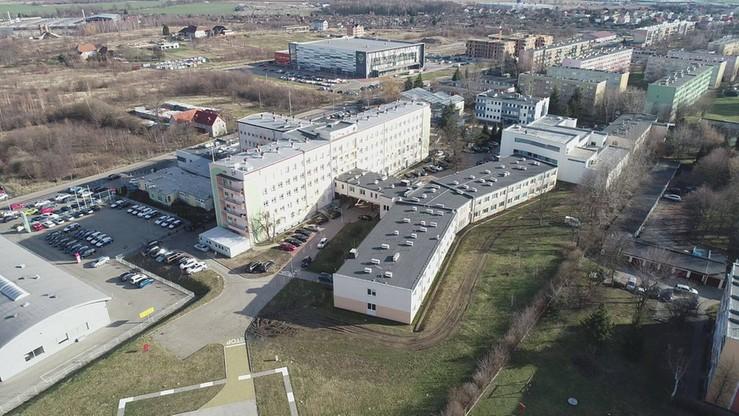 Z powodu nieprawidłowości przy szczepieniach odwołano dyrektor szpitala w Zgorzelcu