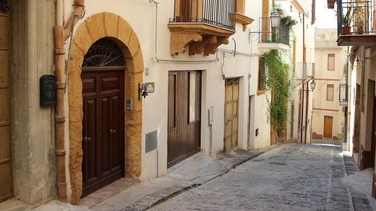 Sycylia. 20 domów na sprzedaż. Symboliczna cena