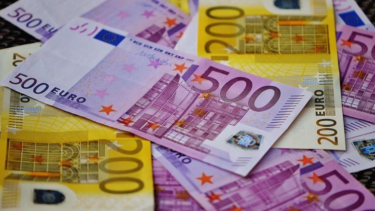 Sąd kasacyjny nakazał byłemu francuskiemu ministrowi Bernardowi Tapie zwrot 404 mln euro