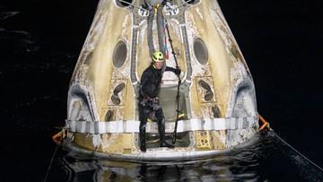 Kapsuła Dragon z astronautami wylądowała u wybrzeży Florydy