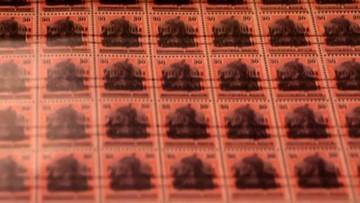 Policja odzyskała cenne znaczki skradzione z Muzeum Poczty. Niektóre były warte ok. miliona zł