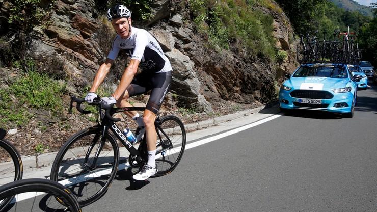 Tour de France: Froome przewrócony przez... policjanta