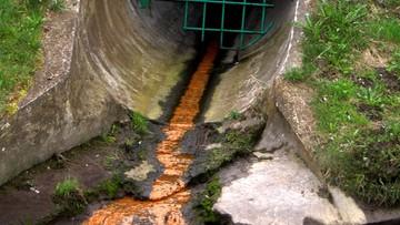 Najpierw olej, teraz ścieki. Kolejne odpady trafiły do rzek. Pompowano je rurami