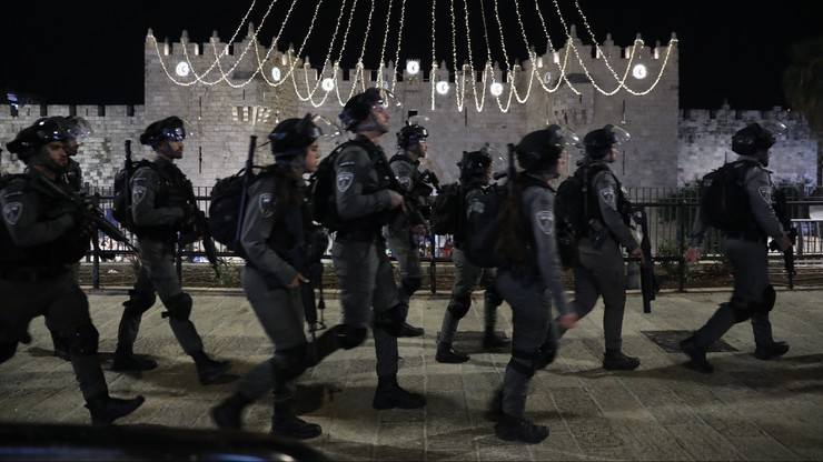 Starcia między Palestyńczykami a izraelską policją. Ponad 180 rannych