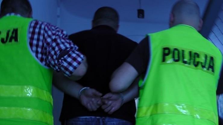 Pod Opolem miał składować dziesiątki tysięcy litrów trujących chemikaliów. Został zatrzymany