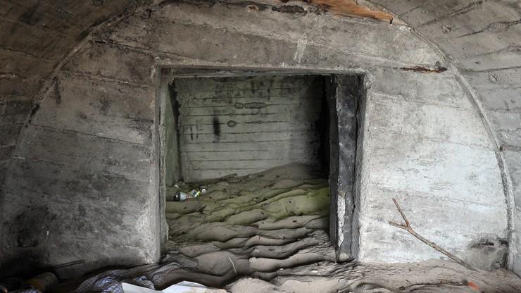 Bunkry na plaży w Kołobrzegu. Sztorm odsłonił fortyfikacje z czasów zimnej wojny