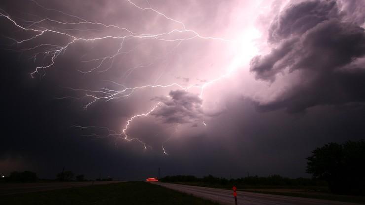 Szalejące wichury nad Polską. 10 tys. odbiorców bez prądu