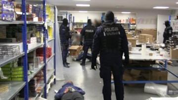 CBŚP przejęło 80 ton nielegalnych materiałów wybuchowych. 35 osób z zarzutami
