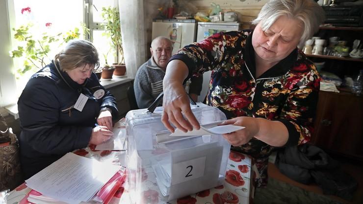 Oszustwa i manipulacje - obserwatorzy wyborów w Rosji informują o nieprawidłowościach