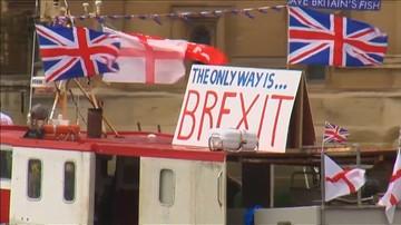 """Desygnowany na premiera Irlandii - wybory w Wielkiej Brytanii oznaczają odrzucenie """"twardego Brexitu"""""""