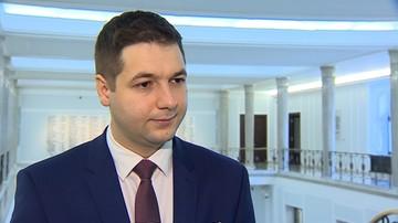"""PO i Nowoczesna chcą odwołania Jakiego. """"Premier powinna wyrzucić go na zbity pysk"""""""