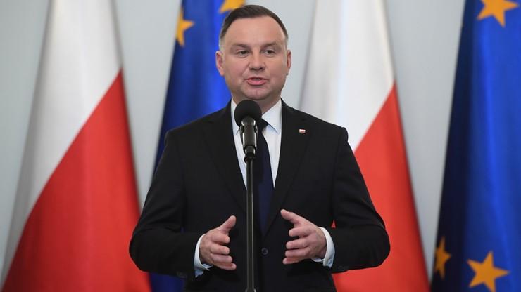 """""""Ustawa kagańcowa"""", którą podpisał Andrzej Duda, trafiła do Dziennika Ustaw"""