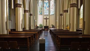 Kościoły pozostaną otwarte. Obowiązuje limit osób