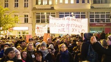 Zdecydowana większość głosujących poparła strajk nauczycieli. Wyniki sondy polsatnews.pl