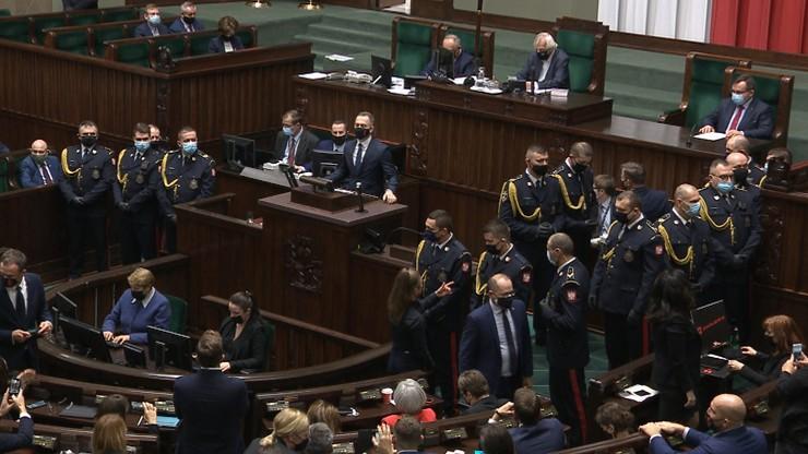 Awantura w Sejmie. Protest posłanek Lewicy, interweniowała Straż Marszałkowska