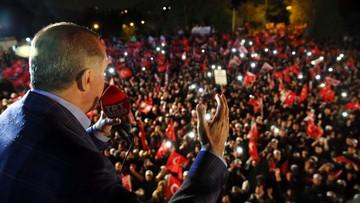 System prezydencki zamiast parlamentarnego. Wyniki referendum w Turcji