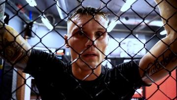 Krew, pot i uśmiech. Czołowi polscy zawodnicy MMA szykowali formę