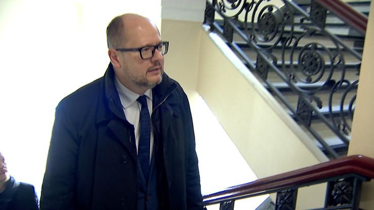 Prezydent Gdańska bronił się przed sądem za miejskie pieniądze? Sprawę bada prokuratura