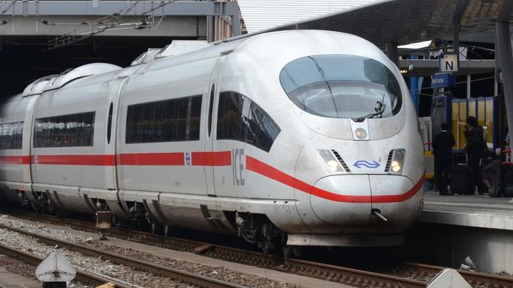Fałszywy alarm bombowy w pociągu we Frankfurcie. 500 osób ewakuowanych