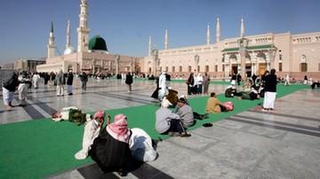 1000-osobowa świta i ponad 400 ton bagażu. Król Arabii Saudyjskiej w podróży