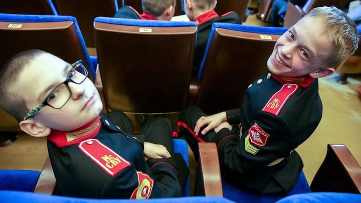 """Białoruś: wychowanie wojskowo-patriotyczne i obozy wojskowe dla dzieci. """"Już od przedszkola"""""""