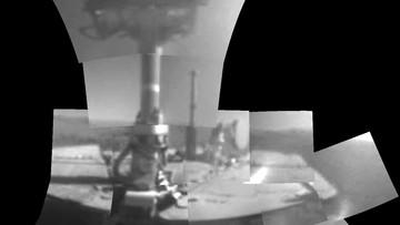"""Pierwsze pełne """"selfie"""" na Marsie. Łazik świętuje 5 tys. marsjańskich dni pracy"""
