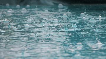 Deszcz wody święconej spadł na miasto. Dzień Trzeźwości w Rosji