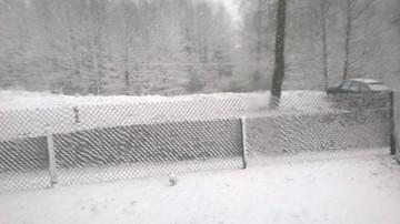 Temperatura na minusie i opady śniegu. Zima wraca do Polski. IMGW ostrzega