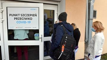 Rząd rozważy kolejne ułatwienia dla osób zaszczepionych przeciw COVID-19