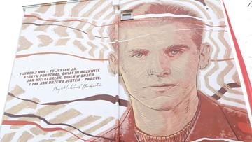 Mural ku pamięci Baczyńskiego. Poeta miałby dziś 100 lat