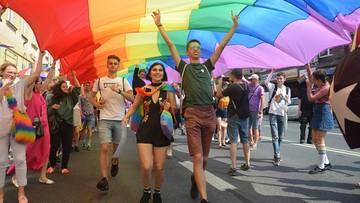 """Świętokrzyskie uchyla uchwałę anty-LGBT. """"Poszanowanie wielowiekowej tradycji"""""""