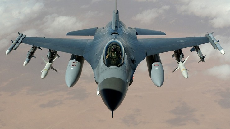 Ponad 1,5 tys. godzin trwały misje rozpoznawcze polskich F-16 przeciwko IS