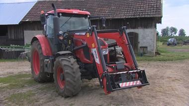 Psuje się nowy traktor za 300 tys. zł. Dealer i producent odmawiają pomocy