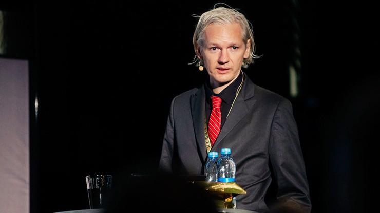 Assange: przed wyborami w USA Wikileaks ujawni dokumenty ws. Clinton