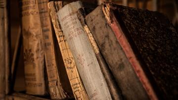 Powieść czekała 400 lat na wydanie. Przez ponad pół wieku ludzie obawiali się klątwy