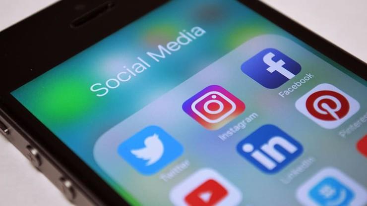 Jak media społecznościowe wpływają na postrzeganie koronawirusa?