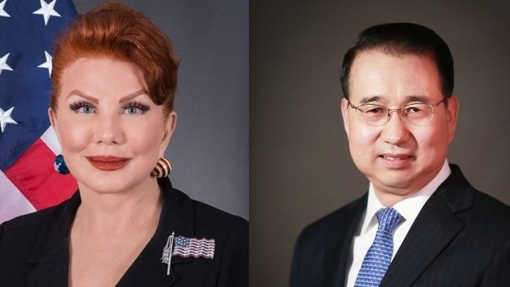 """""""Starcie"""" ambasadorów USA i Chin na Twitterze. Poszło o koronawirusa"""
