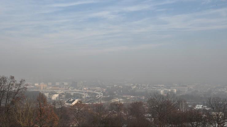 Czystsze powietrze w Krakowie. Dopuszczalne normy wciąż przekroczone