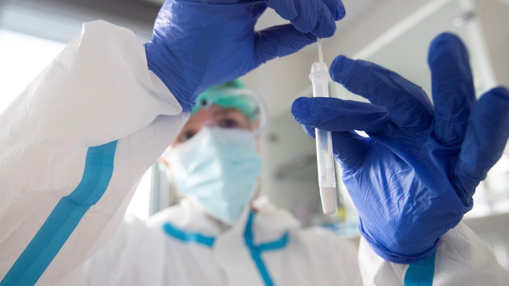 Nowe przypadki koronawirusa w Polsce. Dane ministerstwa, 25 listopada
