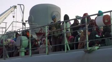 660 migrantów uratowanych na Morzu Śródziemnym. Zostali odesłani do Afryki