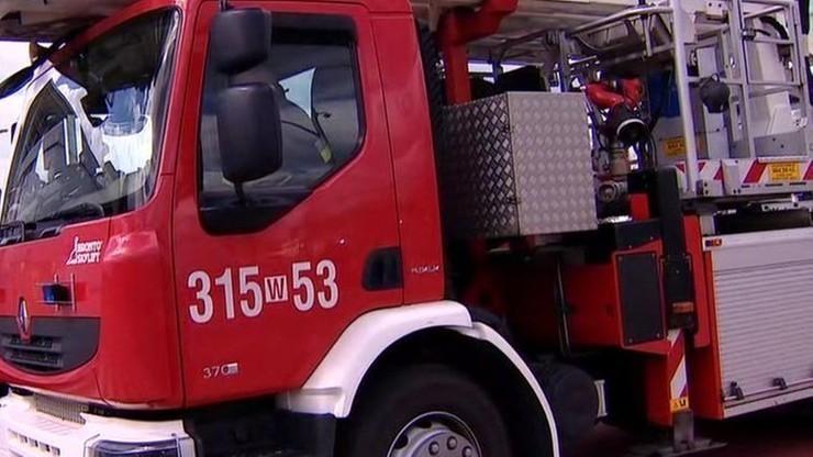 Pożar stolarni w Wielkopolsce. Dwie osoby trafiły do szpitala