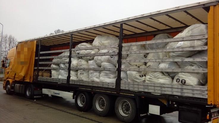 Wjechał z nielegalnymi odpadami do Polski. Będzie musiał je zabrać z powrotem do Niemiec