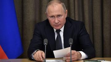 """Putin rozmawiał z Merkel ws. Ukrainy. Wyraził """"poważne zaniepokojenie"""""""