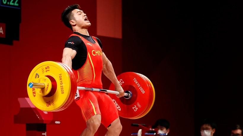 Tokio 2020: Złoto i rekord świata Chińczyka Shi w kategorii 73 kg