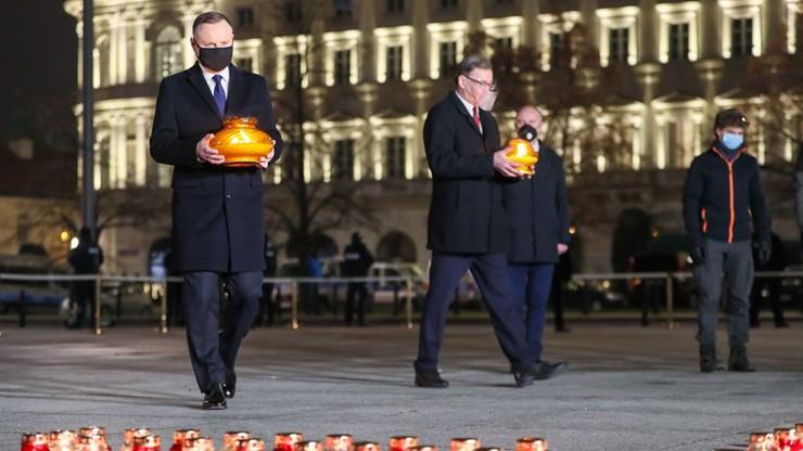 """39. rocznica wprowadzenia stanu wojennego. Prezydent zapalił """"Światło Wolności"""""""