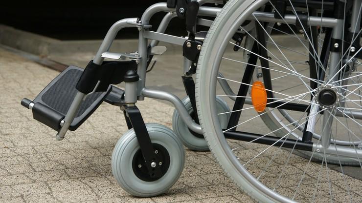 Sejm za poprawkami Senatu do ustawy o świadczeniu dla niepełnosprawnych