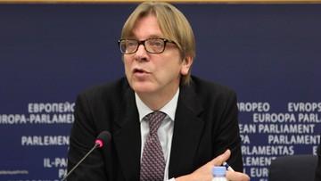 Guy Verhofstadt dla Polsat News: Putin chętnie widziałby Polskę opuszczającą UE