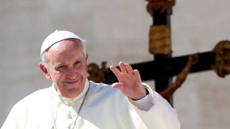 """""""Bild"""": papież prosi ofiary przemocy seksualnej o przebaczenie"""