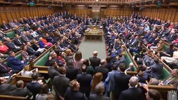 Brytyjska Izba Gmin odrzuciła projekt umowy w sprawie brexitu. Tusk zwołuje nadzwyczajny szczyt UE