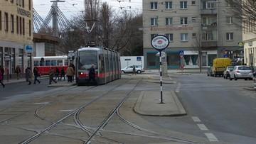 Wiedeń: atak nożownika. Policja apeluje